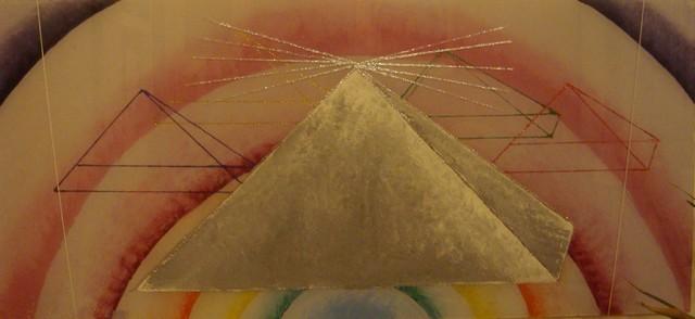Pyramida v duze